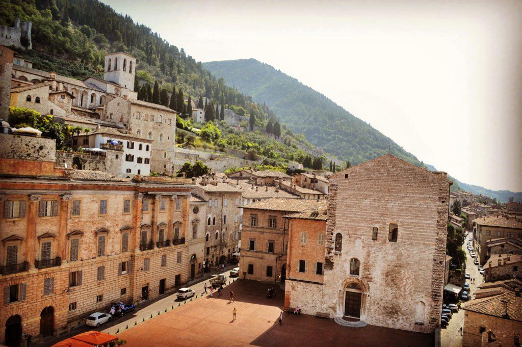 Vista dalla Loggia Panoramica del Palazzo dei Consoli Gubbio