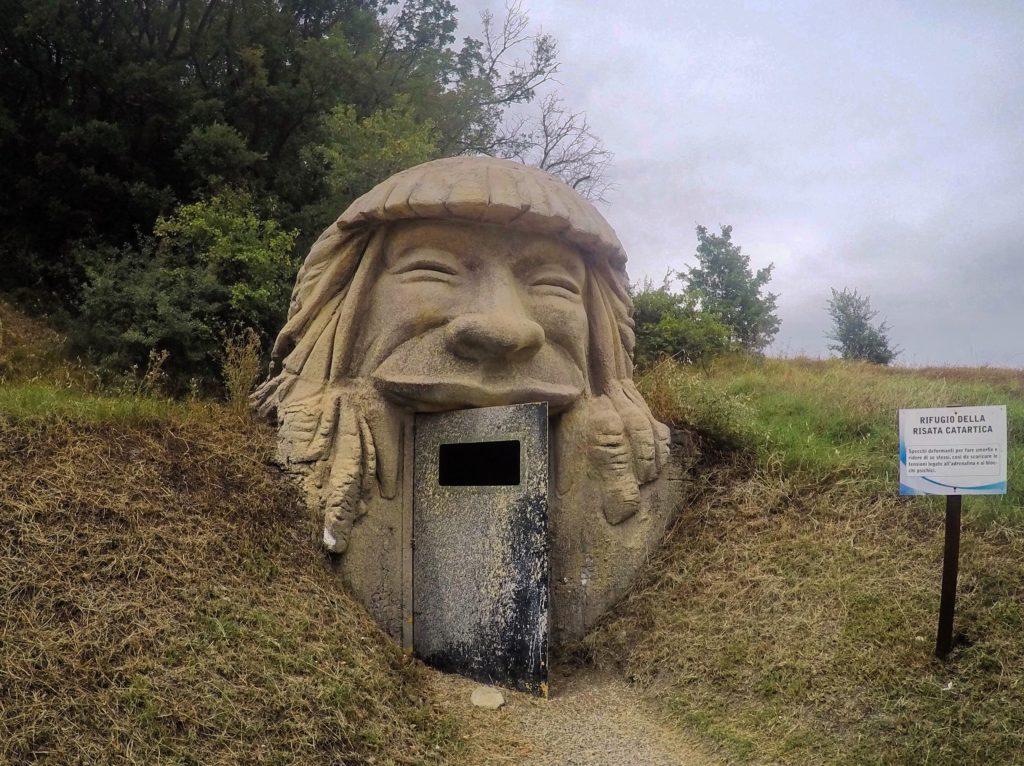 grotta della risata catartica