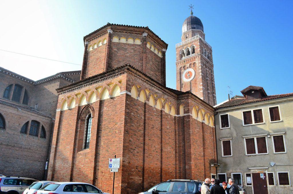 Chiesetta di San Martino e Campanile del Duomo Chioggia