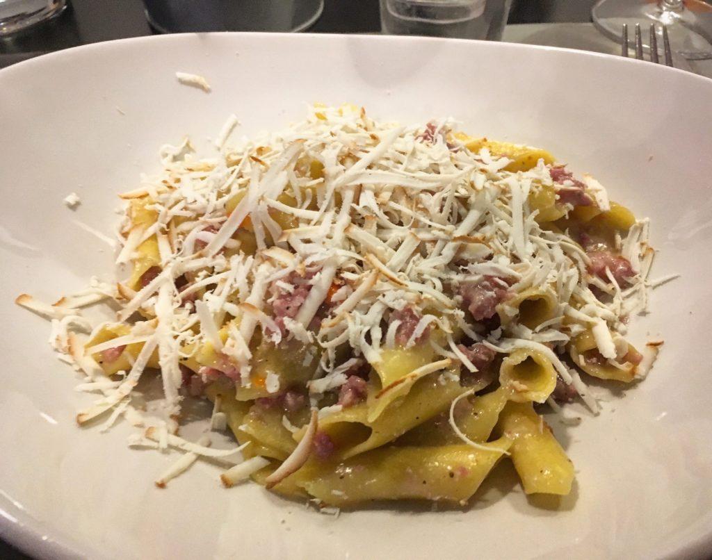 Osteria da Marise Trieste fusi istriani con sugo in bianco di salsiccia e ricotta affumicata