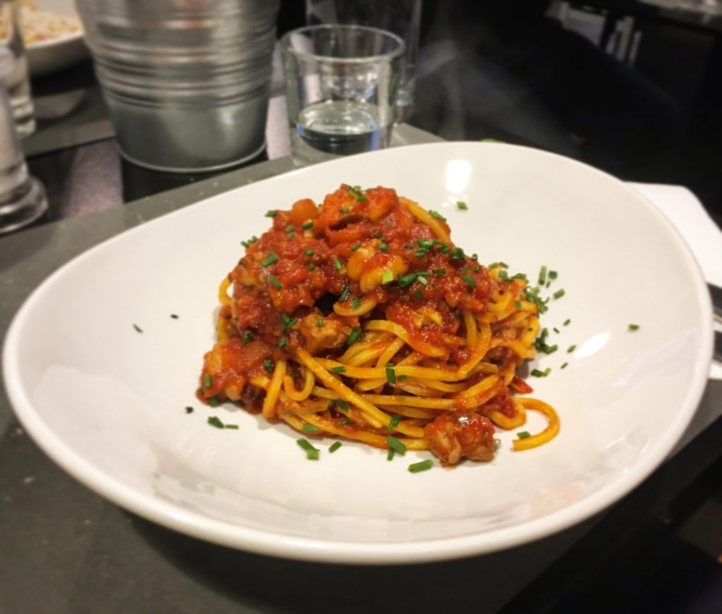 Osteria da Marise Trieste spaghetti alla chitarra con busara di gamberi