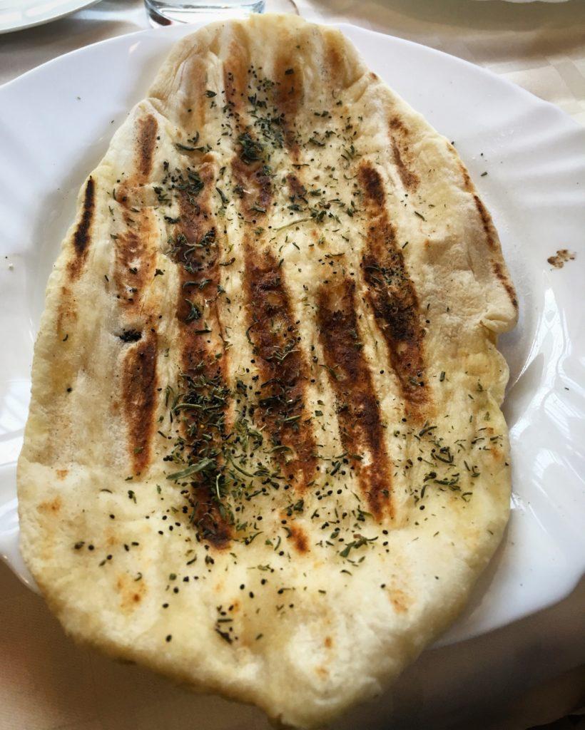Pane tradizionale ristorante Monastero di Rila