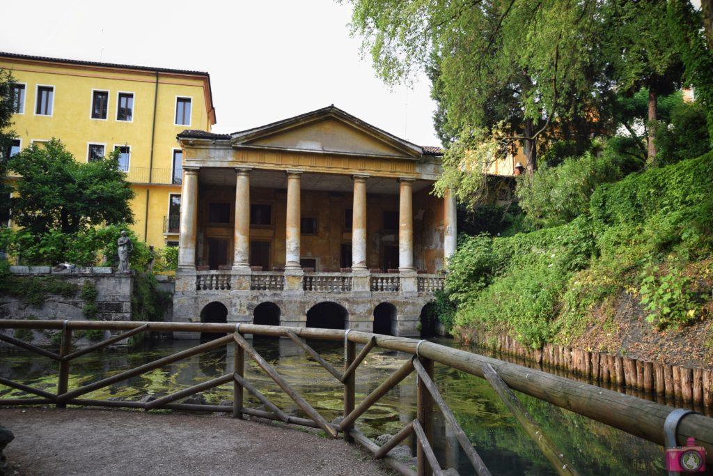 Giardini Salvi Loggia Valmarana Vicenza