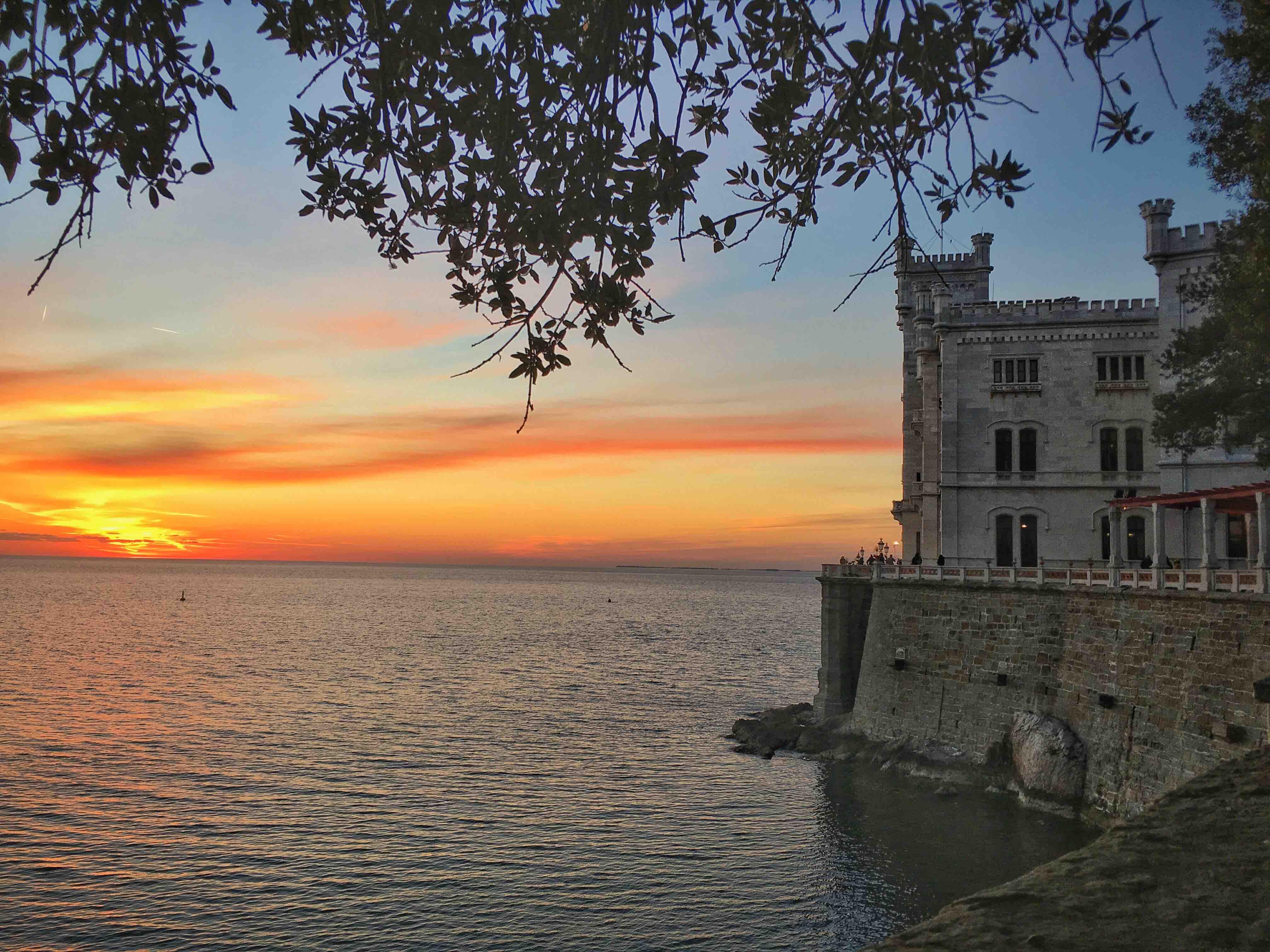 Visitare il Castello di Miramare a Trieste