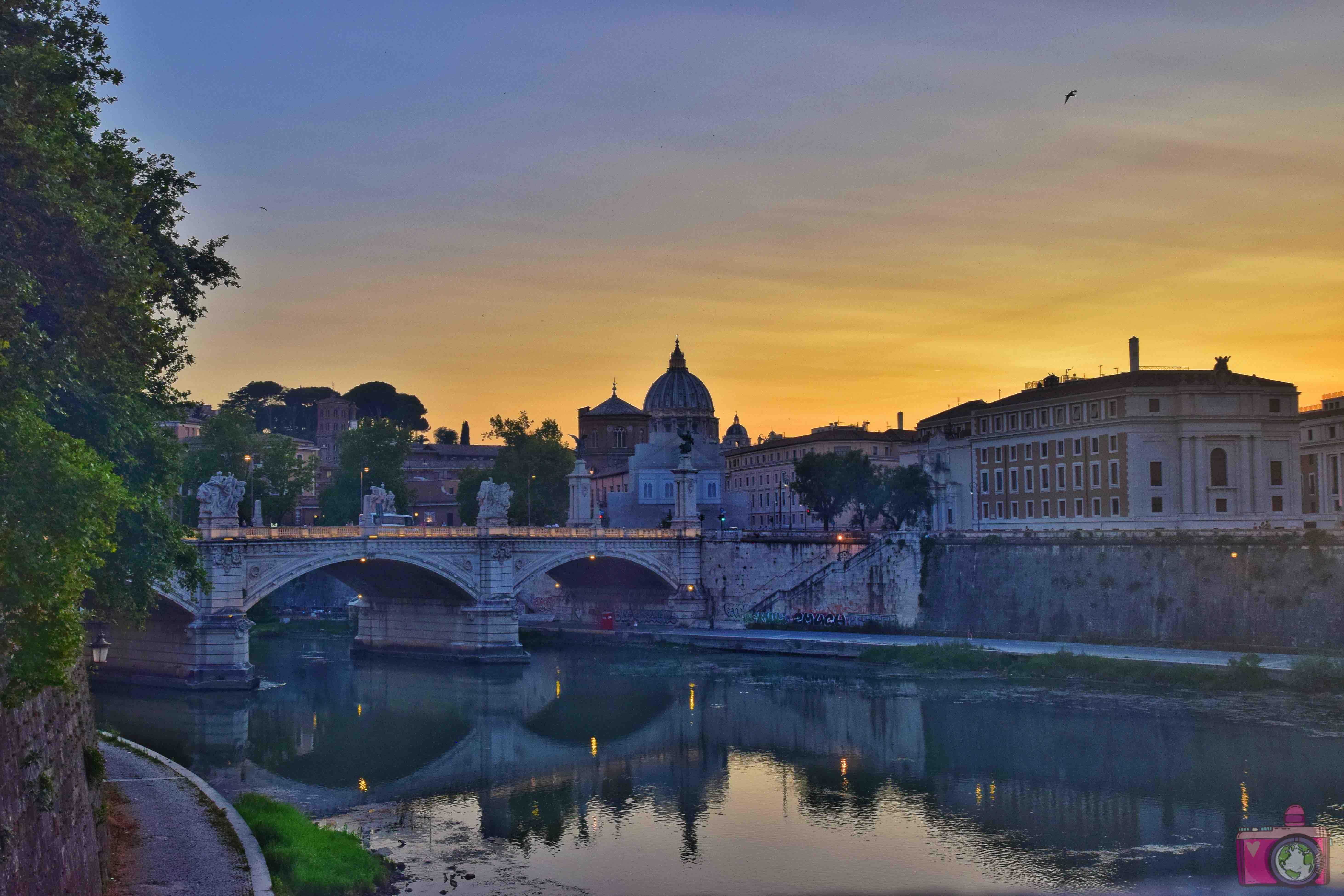 Cosa vedere a Roma Castel Sant'Angelo al tramonto